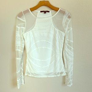 Guess White Long Sleeve Mesh Top. Size Small